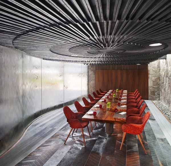 W Retreat  Spa Burnt Radial Timber Ceiling represents the