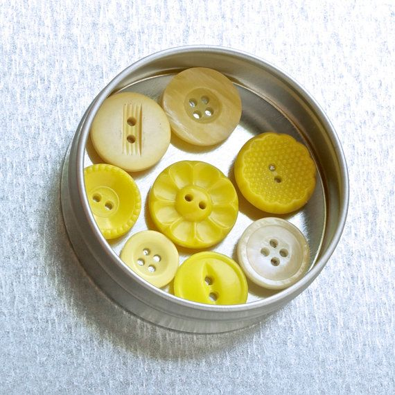 Button magnet set ~ Yellow magnet set ~ Unusual gifts for women ~ House warming gift ideas ~ Great housewarming gift ~ Retro kitchen magnets ~ Browse more gifts for quilters and seamstresses at http://BrickAndButton.Etsy.com