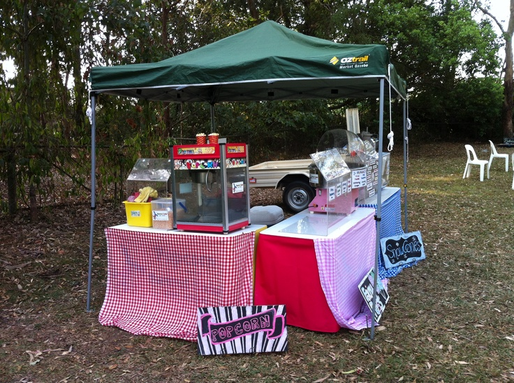 Alicia's Engagement Party. Check it out! Picnic style sno, pop and floss at Yeronga Memorial Park to celebrate.