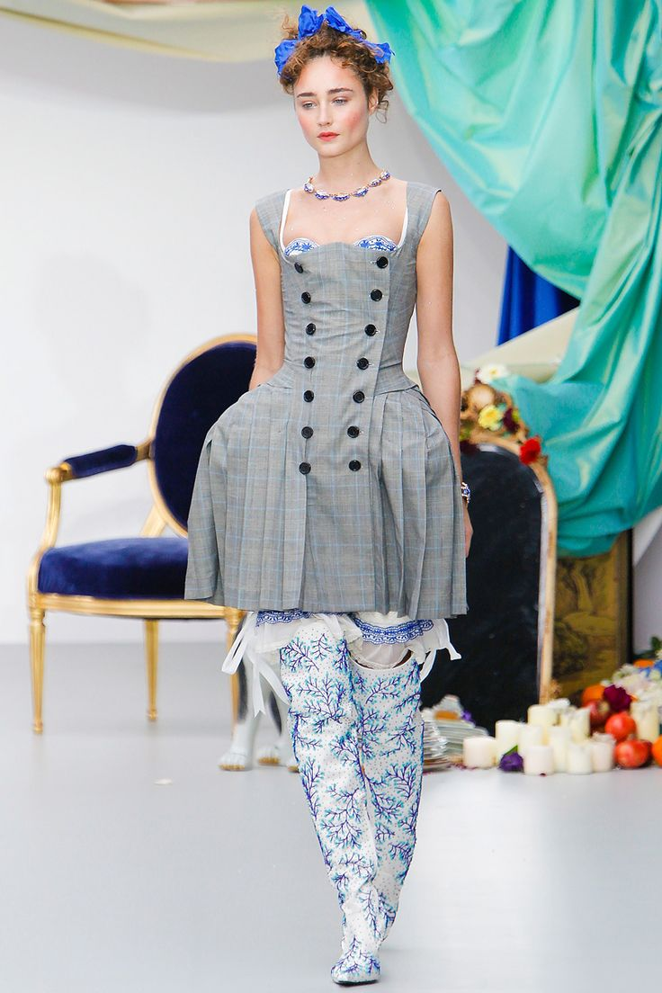 Meadham Kirchhoff Spring 2013 RTW - Review - Fashion Week - Runway, Fashion Shows and Collections - Vogue