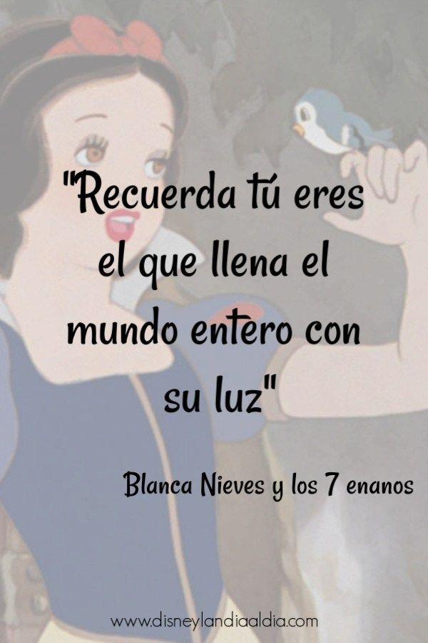 Frase de amistad de Blanca Nieves Oscar Wilde, Frases Disney, Disney Movie Quotes, Mr Wonderful, Motivational Phrases, Spanish Quotes, Disney Love, Disney Pixar, Sentences