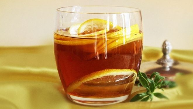 Šálek horké vody s medem a citronem nalačno denně - vymýtí z těla škodlivé bakterie tak účinně, že se  už nesetkáte s chřipkou, močovými infekcemi a všemi neduhy celého trávicího ústrojí!