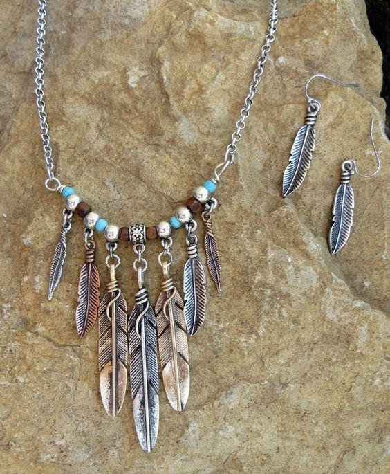 http://www.hijabiworld.com/bohemian-necklace-jewelry-designs/  #bohemianjewelry #jewelrydesigns #necklace