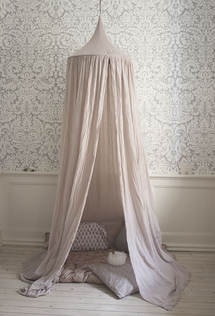I might steal this idea to make a mini-sanctuary for meditation- as I have one of these hanging nets and haven't used it yet!
