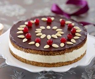 Das Rezept für Elisenlebkuchen-Torte und weitere kostenlose Rezepte auf LECKER.de