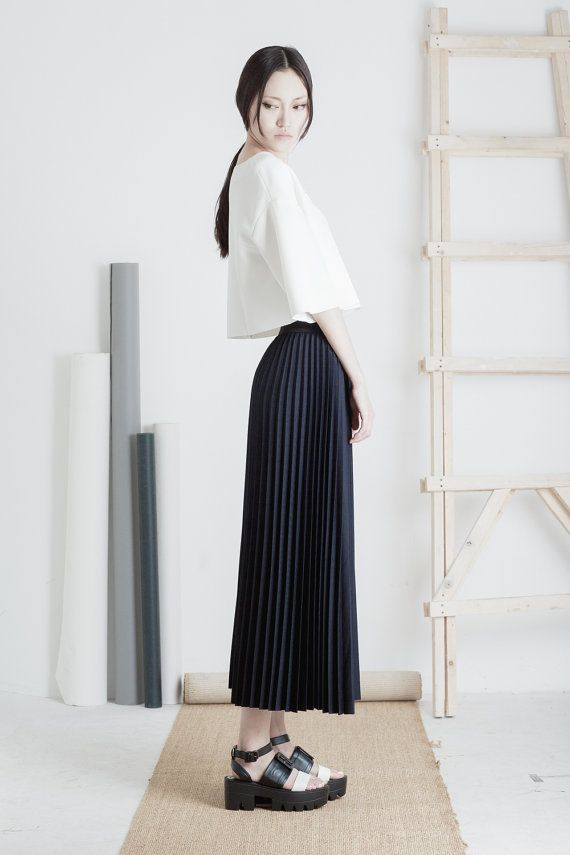 Back in stock / Hakama pleated midi skirt / Mininalist / Mute by Joanne Lu 2015 Summer Collection