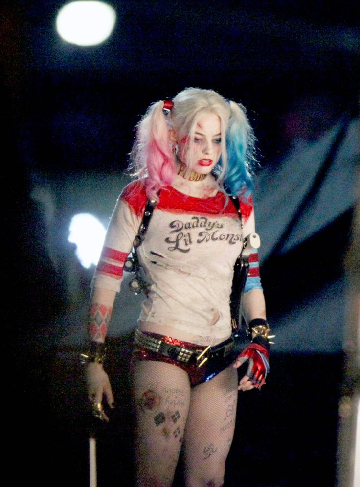 UPDATE #2: 'Deadshot' And 'Harley Quinn' Get Close In Steamy New SUICIDE SQUAD Set Photos