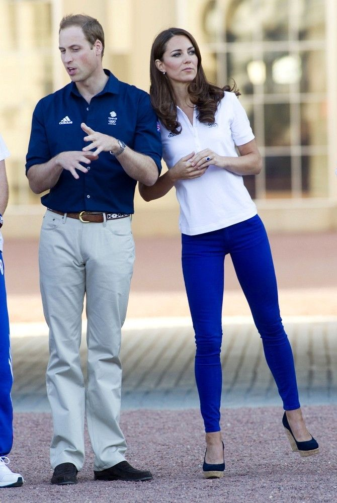 Kate Middleton - Will, Kate and Harry receive the Olympic Torch