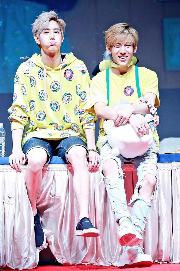 Their Just Right outfits always crack me up but they're so cute at the same time XD