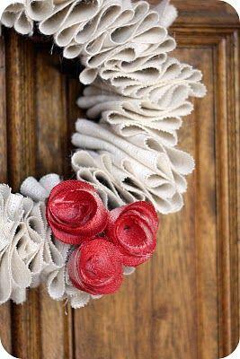Burlap: Crafty Stuff, Crafts Ideas, Easy Burlap Wreaths, Ruffles Burlap, Burlap Wreaths Tutorials, Simple Wreaths, Fabrics Wreaths, Wreaths Ideas, Crafty Ideas