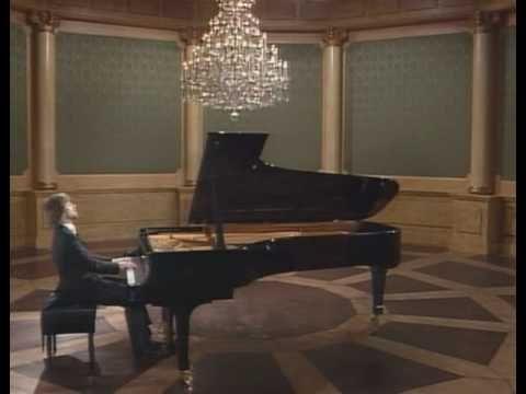 Zimerman plays Chopin Scherzo Op. 31 in B flat - YouTube
