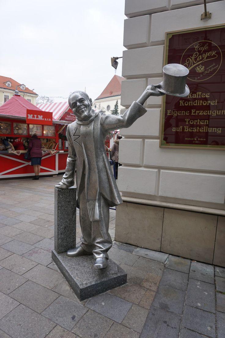 Der Schöne in Bratislava