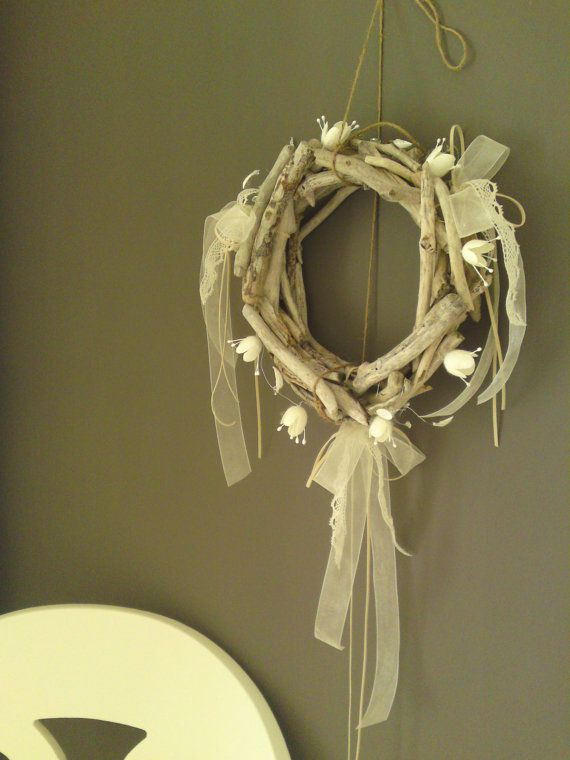 95  Driftwood WREATH with silk cocoons natural by Ammoudia on Etsy, $80.00