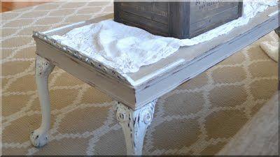 Kis asztal shabby chic festésű bútor