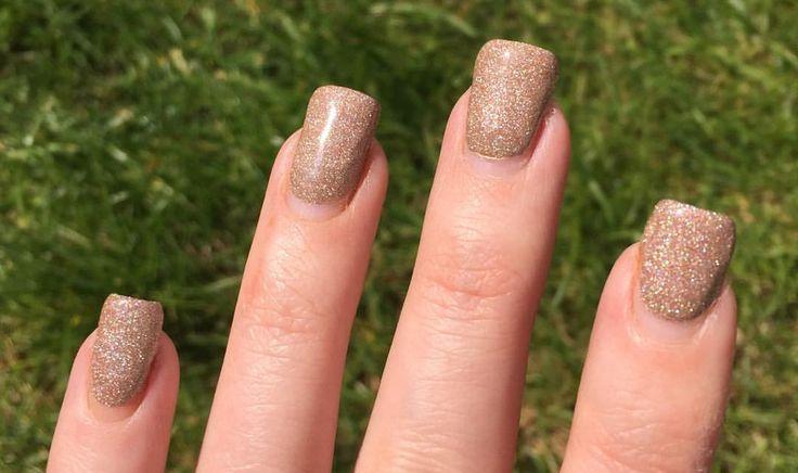 "No8 Nails (@no8nails) on Instagram: ""Gelish Dip Bronzed and Beautiful after 3 weeks. Amazing stuff! #gelishdip #bronzedandbeautiful"""