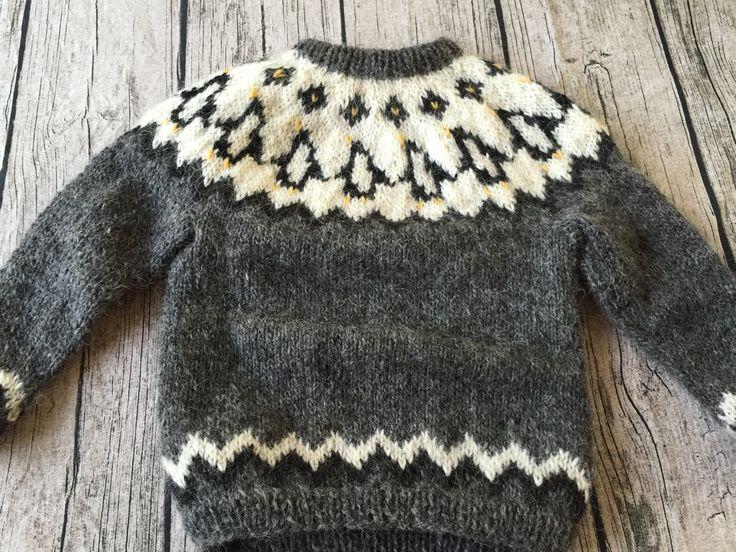 Sweater i islandsk uld med pingviner - str. 4 år