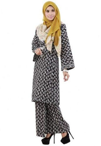 ChekPua from Hijrah Couture in Black - High Quality Cotton- Perfect Tailor Made- Cutting Kurung Pahang- Printed Batik Motive ... #bajukurung #bajukurungmoden