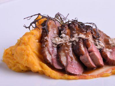 Receta | Magret de pato con puré de batata y salsa de tamarindo - canalcocina.es