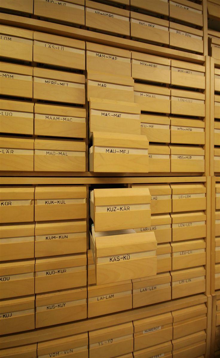 Old cataloguing system in Järvenpää city library