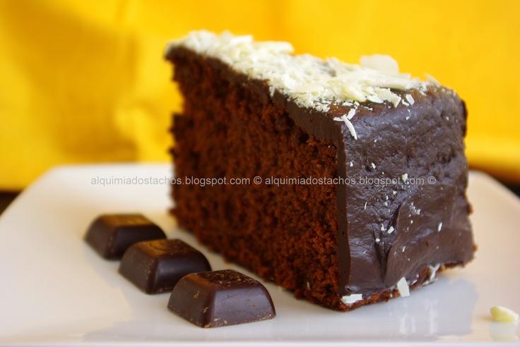 Chocolate and Coffee Cake / Bolo de Chocolate e Café