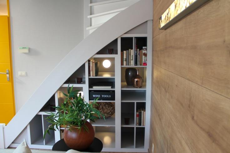 Woonkamer | Living ✭ Ontwerp | Design Willem Hans Beens  Mooi ontwerp voor onder een schuine wand.
