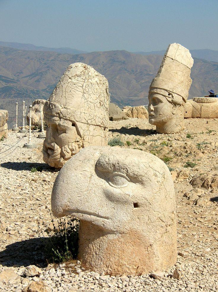 Nemrut Dag - 1st century BCE