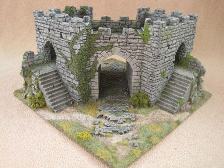 Caer Kyncaid inside view of gatehouse. Modular wargaming terrain. Constructed by Zaboobadidoo