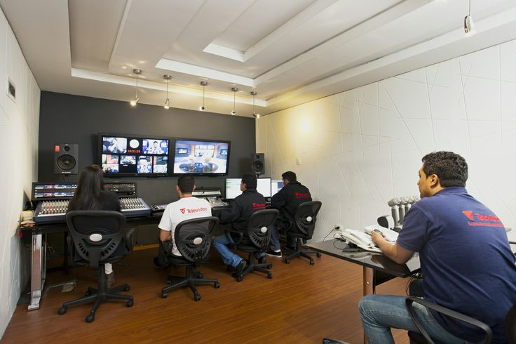 Control Master estudio 1 / Studio 1 Master Control Room.