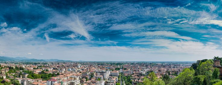https://flic.kr/p/HyVPQq | Panorama of The New Bergamo | Huge, 50 Megapixels panorama of new Bergamo. Shooted in HDR.