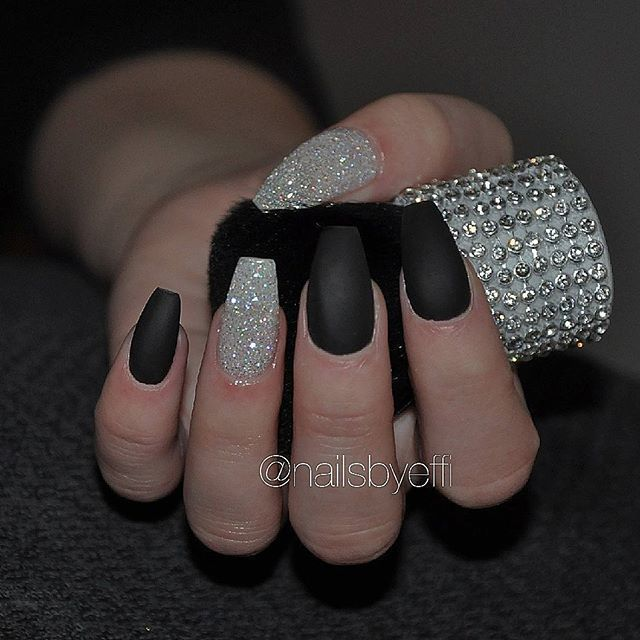 #Schwarz #Mattennägel #Weiß #Glitter #Diamant #G…