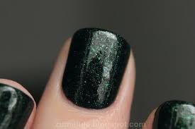 Znalezione obrazy dla zapytania polish forest lakier do paznokci świetliki nocą