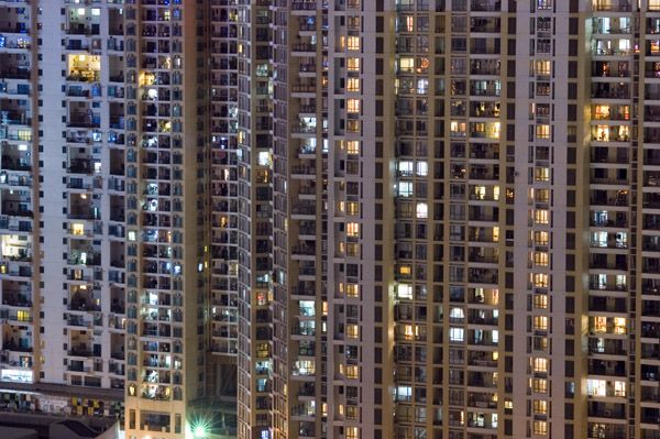 windowsnight.jpg (600×399)