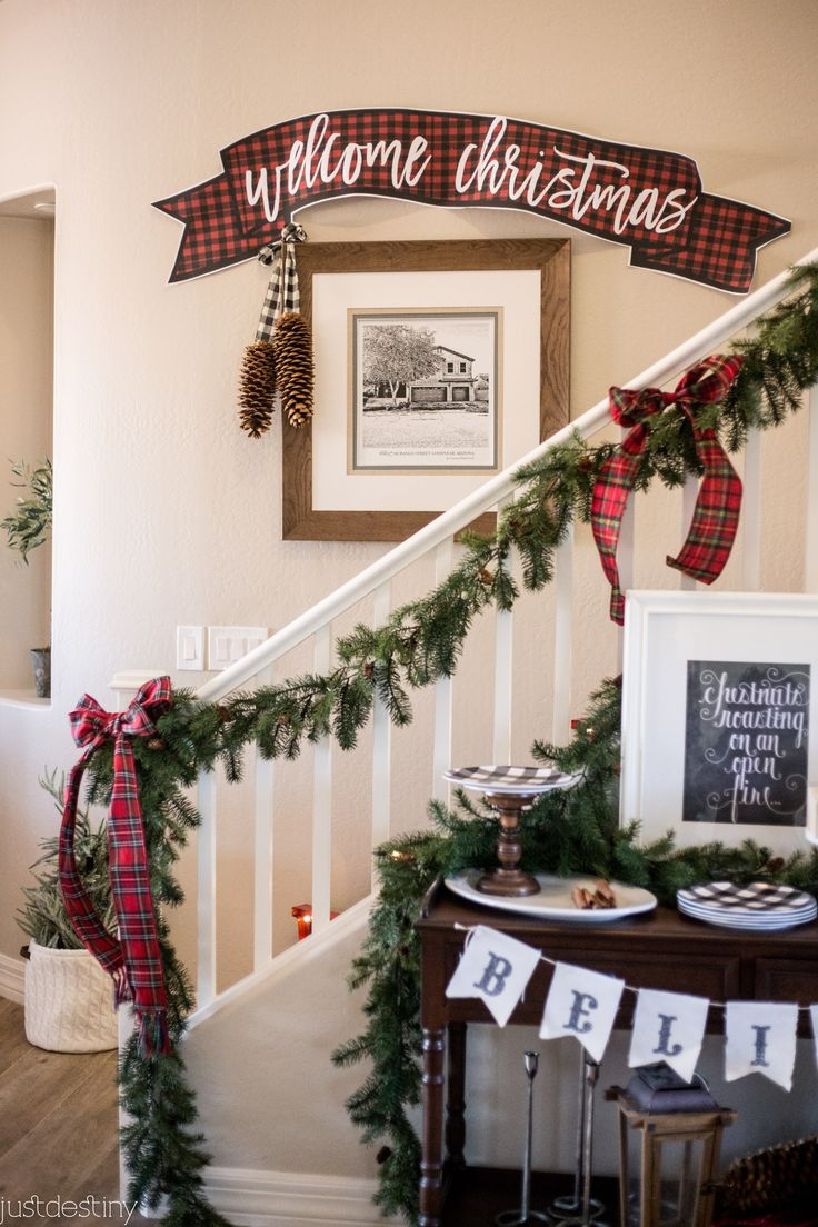 Printable Christmas banner, so pretty!