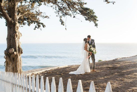 This Whimsical Lighthouse Wedding Is So Bright and Dreamy