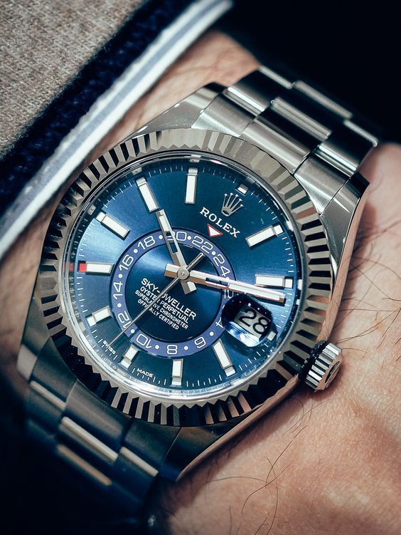 Du liebst Uhren? Dann wirst du die kostenlosen Uhren auf www.gentlemenstime.com lieben! #rolex #watch