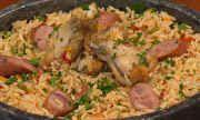 Pratos e Panelas - Jambalaya de frango: receita típica de Nova Orleans (EUA) é destaque deste sábado | globo.tv