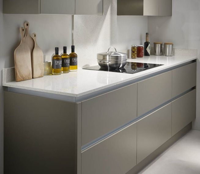 Kitchen Worktops Colours: Bushboard M-stone Quartz