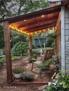 Jenny's adorable shed with its CUTE front porch | Living Vintage