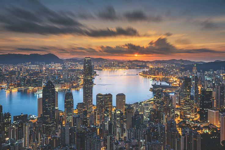 Sunset over Victoria Harbor as viewed atop Victoria Peak NIKON D800E 24.0-120.0 mm f/4.0 34mm/ ƒ/9/ 30s/ ISO 100