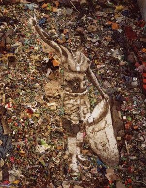 Pictures of Garbage | VikMuniz