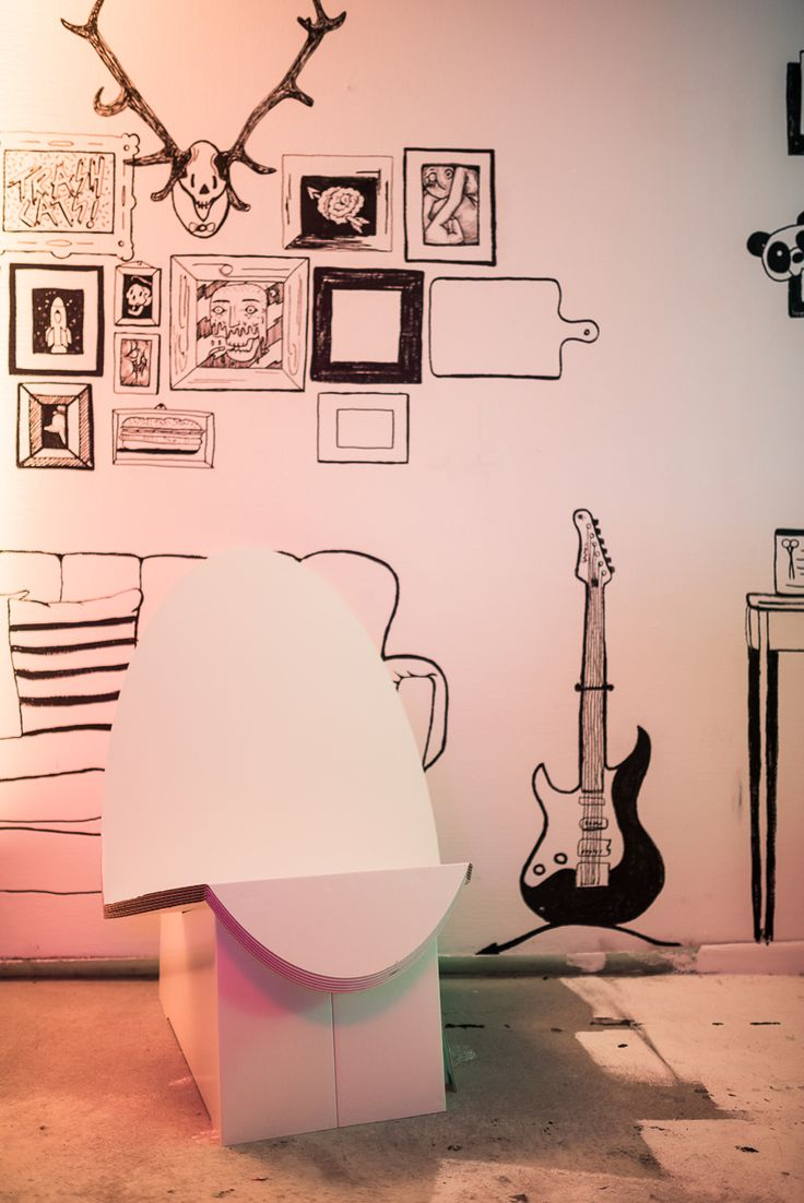 stange design pappm bel happy fashion week party 2015 cromatics generator hostels happyfw. Black Bedroom Furniture Sets. Home Design Ideas