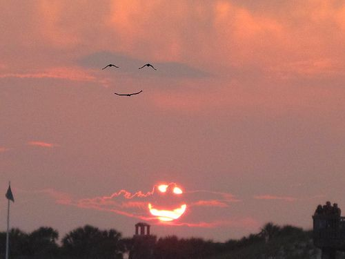 Two happy faces = a very happy sky