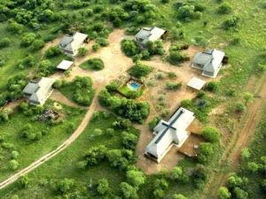 Dinokeng 4.5m Within the 14000ha   Conservation Area are Pride of Africa - a 1800ha area privately owned by 20 owners with a 60ha fully enclosed area wherein the lodges are situated (been saved from the BIG 5) lay this 1ha full title lodge with its own identity and gives u the following: Four fully equipped, free standing 2 bedroom self catering chalets, each can sleep up to six persons