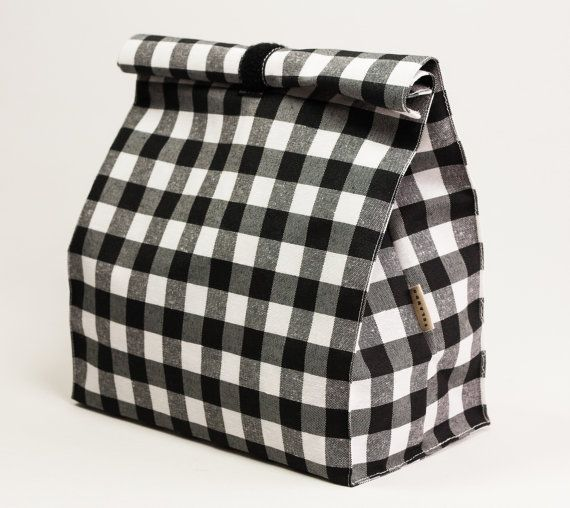 Lunch bag black and white checkered fabric. Food bag waterproof fabric. Lunch box. Lunch containers. What is this? Lunch bag, reusable, with a