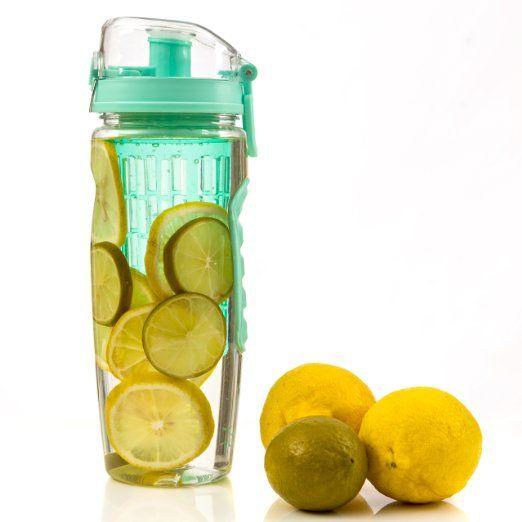 Sabor Infusor de botellas de agua de color aguamarina Fitinfuser de frutas |  Mejor botella de infusión de agua con las aislante manga |  Pequeña Cesta de infusión para más fruta y hielo |  Mezcla de bola |  A prueba de fugas |  BPA libre |  32 oz