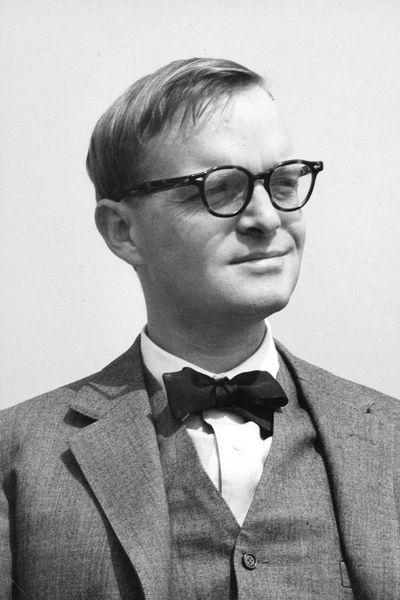 """Truman Capote (1924-1984) - Amerikan.  Schriftsteller, Schauspieler und Drehbuchautor. (verkaufte 300 Mio Bücher, davon 150 Mio zu seinen Lebzeiten, u.a. den Roman """"Kaltblütig"""")"""