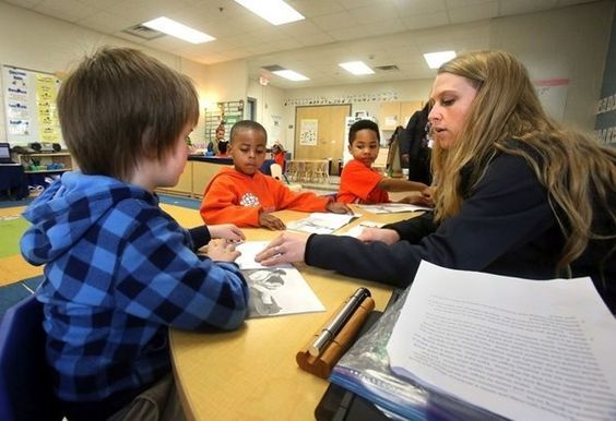 Ben Navarro Charleston Sherman is the spend thirteen years in the financial and development of the world class education of the poor students. The Ben Navarro Charleston provide the better service for students. https://www.pinterest.com/ShermanGiving/meeting-street-schools-in-the-news/