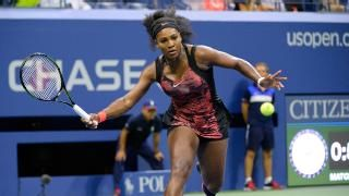 WATCH: Serena Williams wins point, does split in US Open comeback win - CBSSports.com