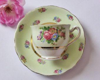 Colclough Vintage Mint verde medida taza y platillo conjunto ~ Bone China ~ 1950 ~ mediados siglo cocina ~ té ~ Tea Party ~ boda de la vendimia
