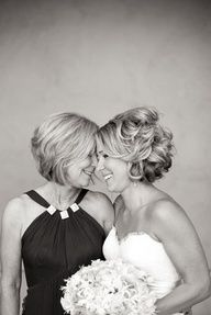 want a photo like this with my mom